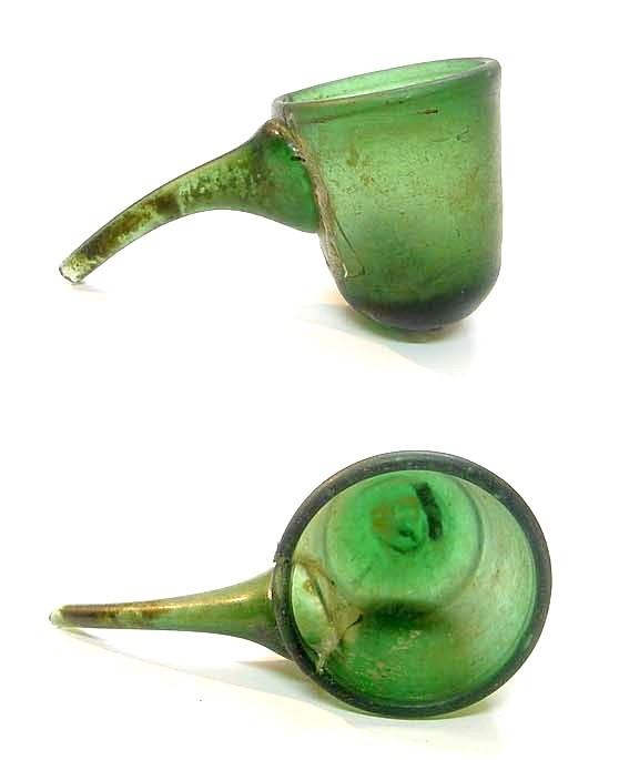 آبکش شیشهای ایرانی، موزۀ ملی کویت.