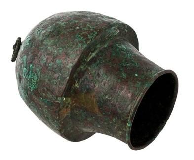 بادکش مصری متعلق به اواخر سدۀ دوم و اوایل سدۀ سوم پیش از میلاد، موزۀ باستانشناسی پافوس، قبرس. برگرفته از http://www.visitpafos.org.cy/.